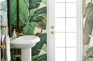Bathroom porn: the most stunning bathroom wallpapers and where to find them