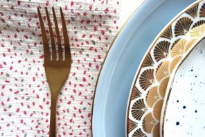 How to style gold cutlery (and where to find it!)