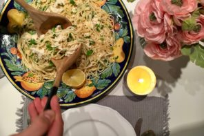 Light and lemony cheesy crab spaghetti recipe